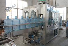 5加仑桶装水灌裝机 1000桶每小时纯净水灌裝机 回转式桶装线